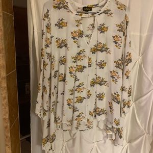 Audrey size small flowy floral top